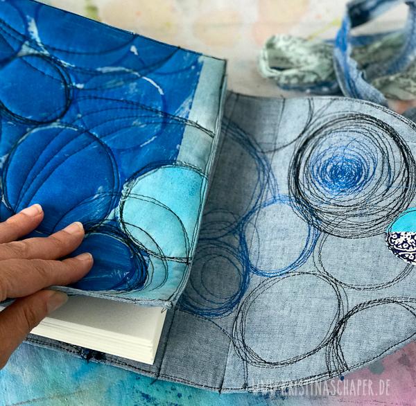 Clothbook _3.jpg