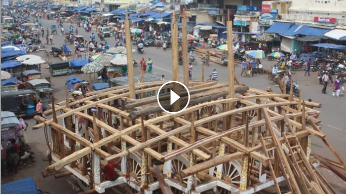 Chariot Construction Work – Ratha Jatra 2017 – 13-6-2017 Video