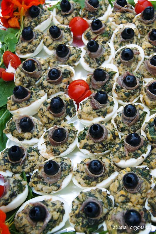 Яйца, фаршированные рыбной начинкой