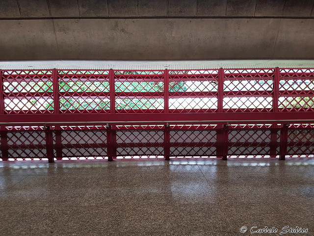 Redhill MRT Station 02