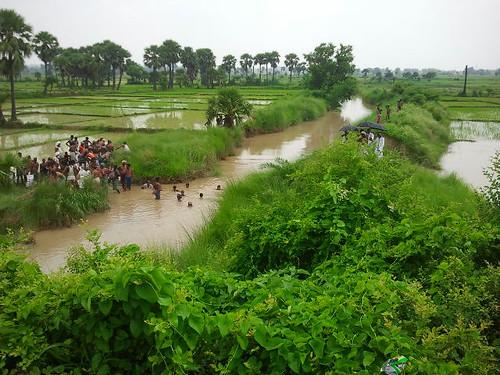मगध जल जमात की पहल पर गोआम में आहर-पइन का किया गया जीर्णोद्धार