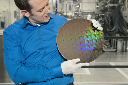 Wafer of chips with 5nm silicon nanosheet transistors