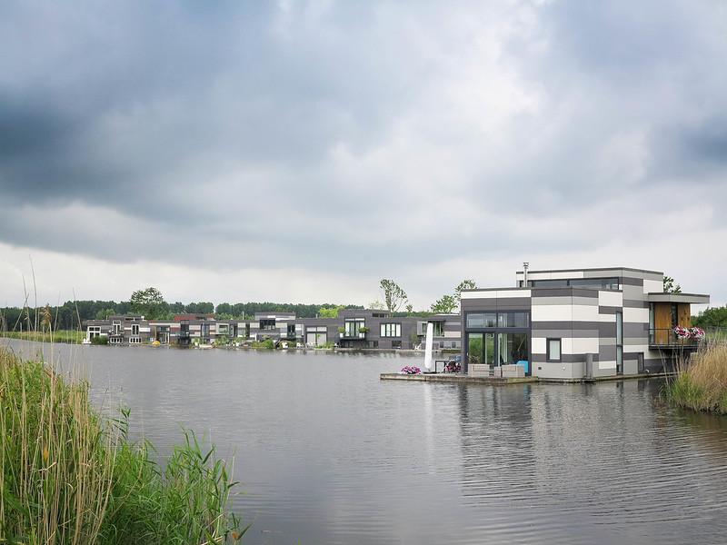 Drijvend wonen Waranda Lelystad.