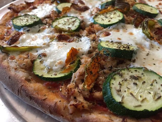 Zucchini / Tuna Pizza