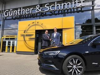 Händlerpremiere Opel Insignia Grand Sport