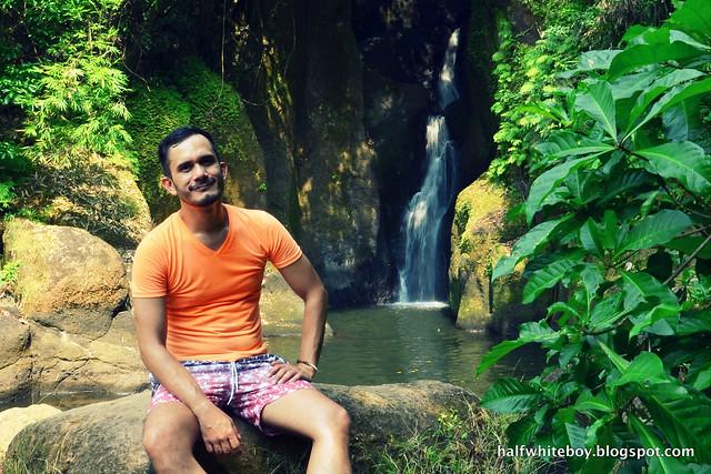 halfwhiteboy - orange t-shirt and ombre swim shorts 02