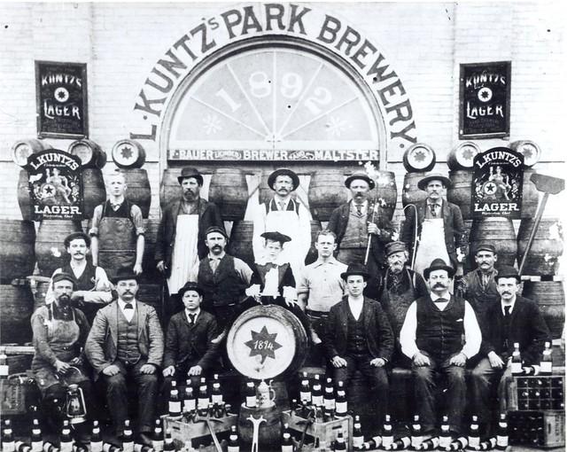 kuntz-park-brewery-workers-1894