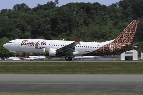Boeing 737 MAX 8 Batik Air Malaysia 9M-LRG LN6222