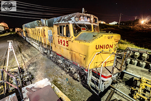 Up 6925 Emd Dda40x At Chamberlain Sd In The Early