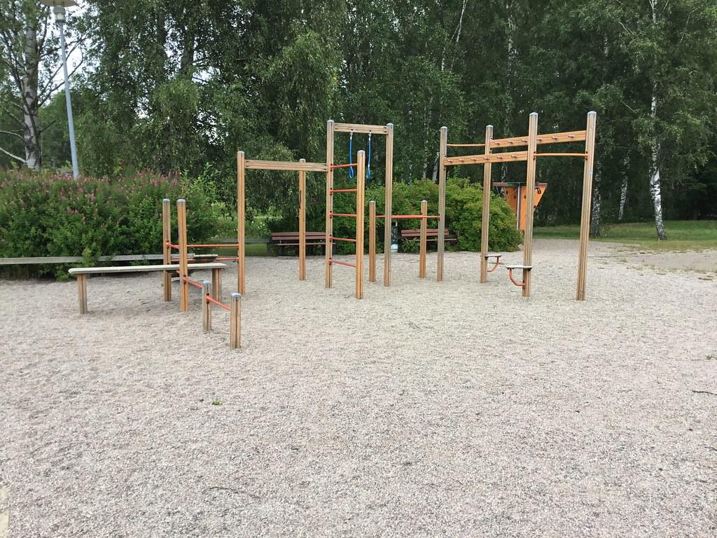 Kuva toimipisteestä: Vanhan-Mankkaanpuisto / Ulkokuntoiluvälineet