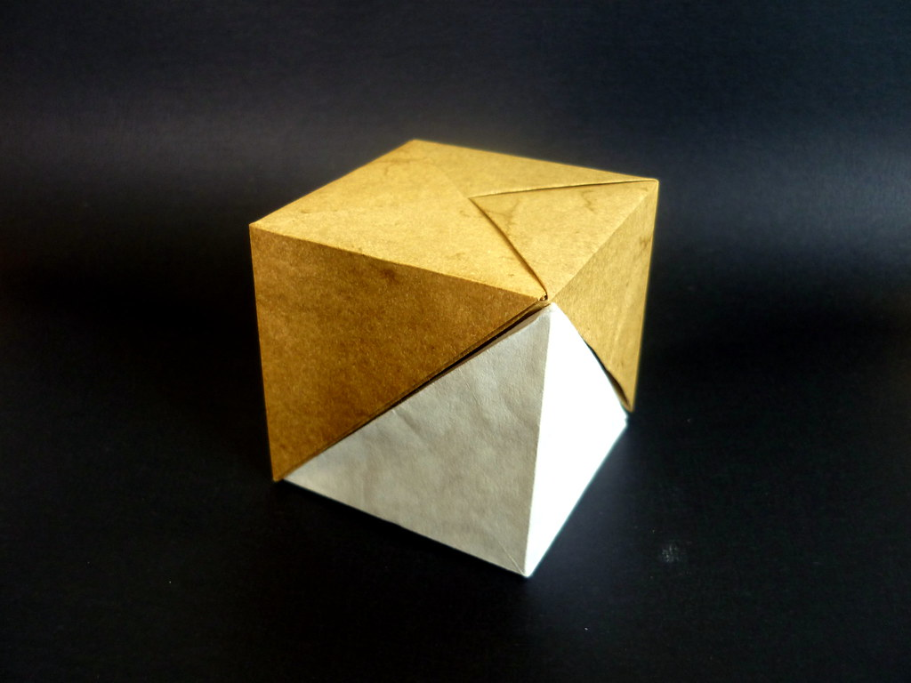 Flat saddle cube bisection
