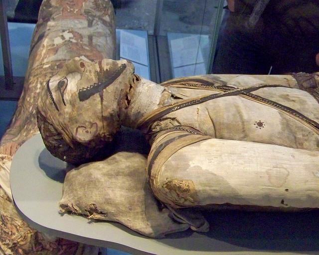 Momia del museo británico de Londres, uno de los museos imprescindibles que visitar en Londres