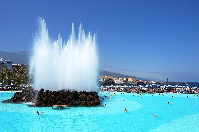 Fountain, Lago Martianez, Puerto de la Cruz, Tenerife