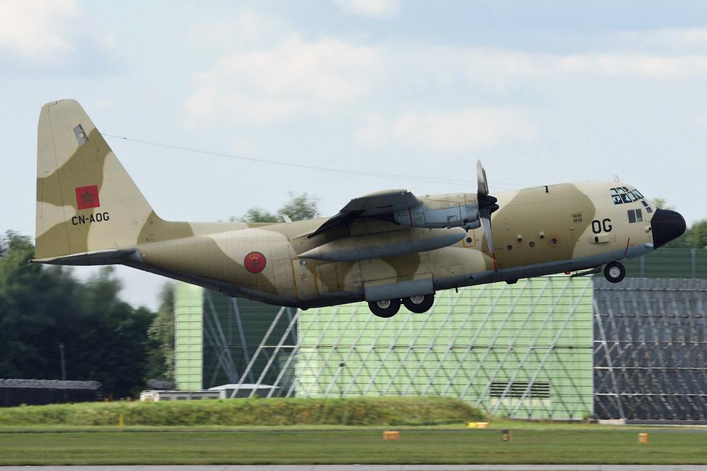 FRA: Photos d'avions de transport - Page 31 35495792670_7447351331_b