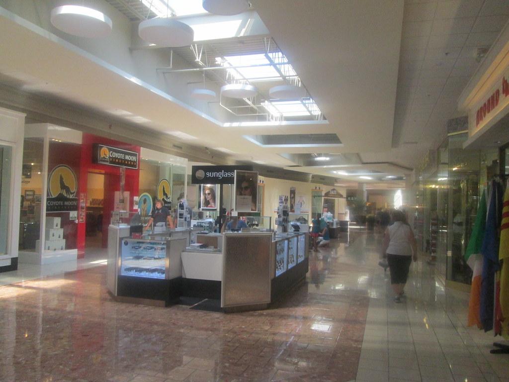 Twin Tiers Retail: Salmon Run Mall