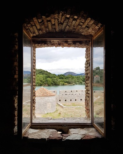 Vista de Butrint desde o Castelo Veneziano na Albania