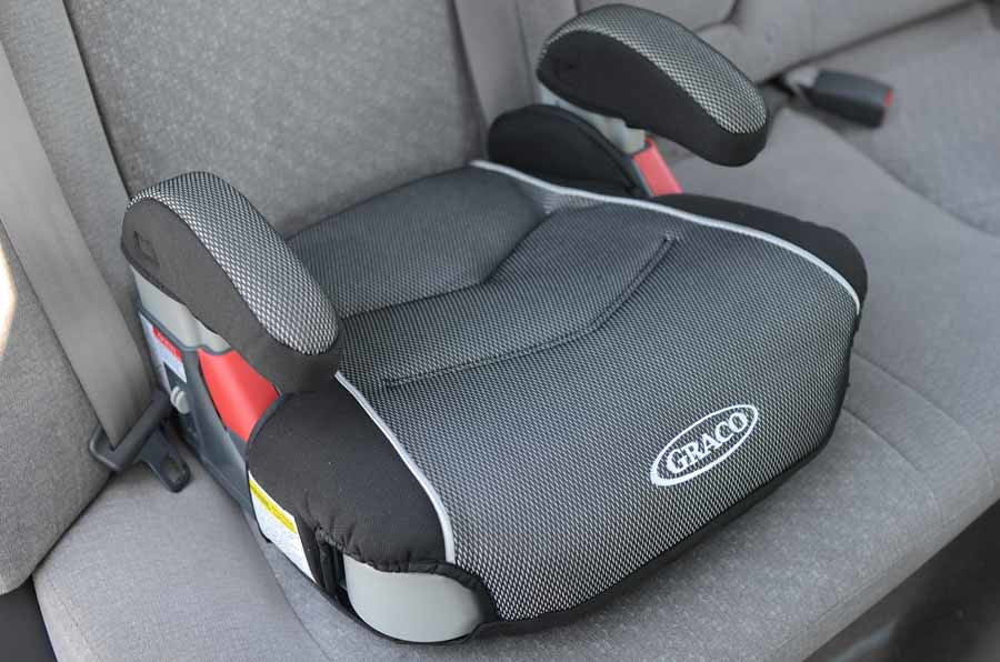 Graco backless booster seat in gray car | www.yourbestdigs.c… | Flickr
