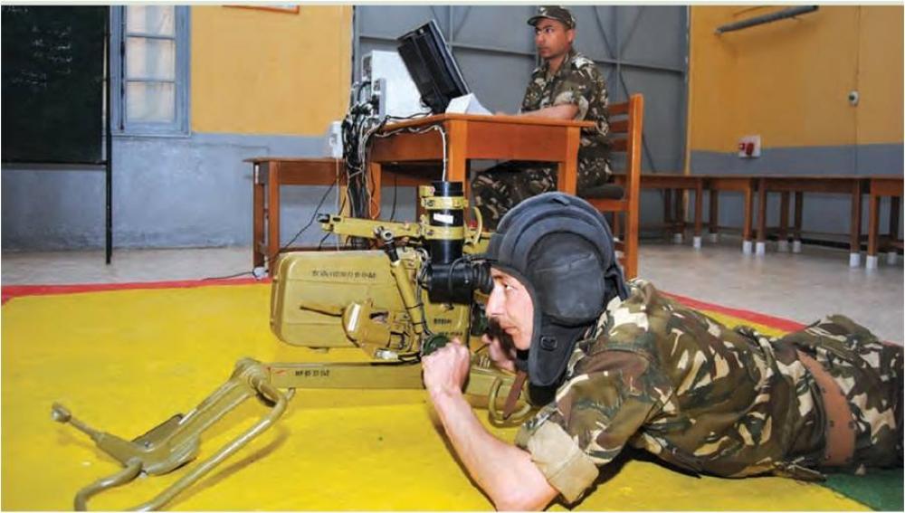 القوات البرية الجزائرية [  Missiles Anti-Chars ]   - صفحة 2 35123929194_631101499c_o