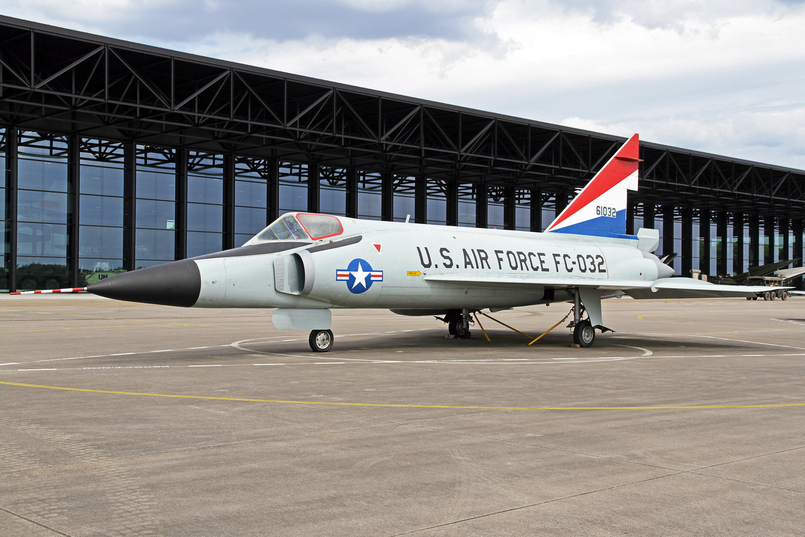 Armée Hollandaise/Armed forces of the Netherlands/Nederlandse krijgsmacht - Page 20 35789521551_5707b34a42_h