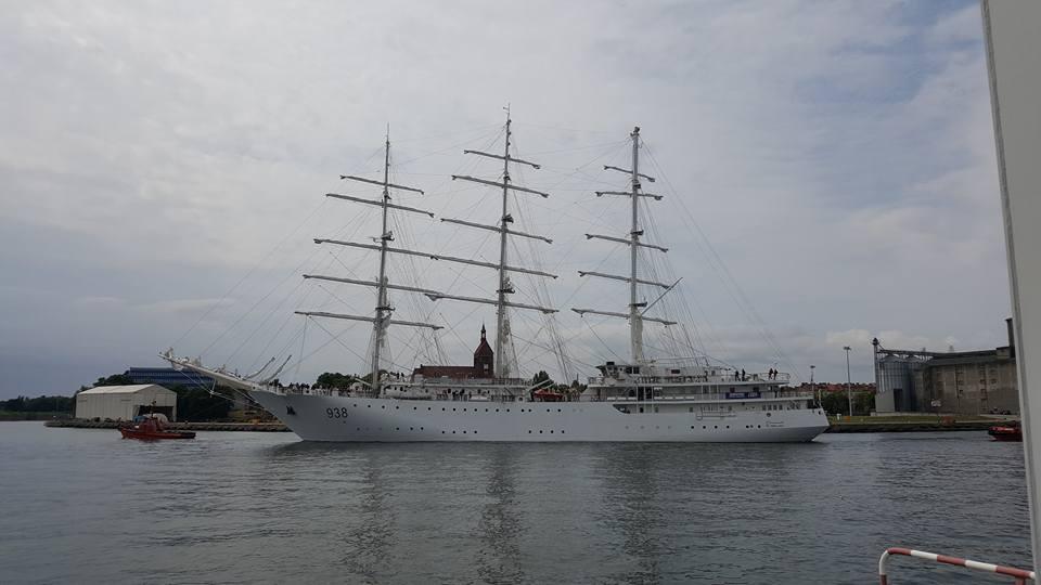 صور السفينة الشراعية الجزائرية  [ الملاح 938 ] - صفحة 8 35715170400_72cff54f23_o