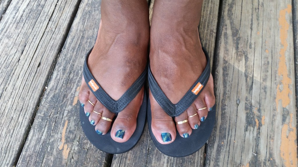 Me after a new pedi sporting Nico Cat\'s Eye gel polish and… | Flickr