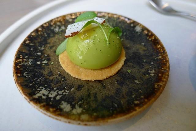 Restaurant OKA, Paris