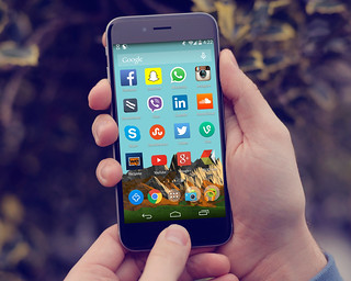 Social media Icons On The Home Screen of an Android Phone | by mikemacmarketing