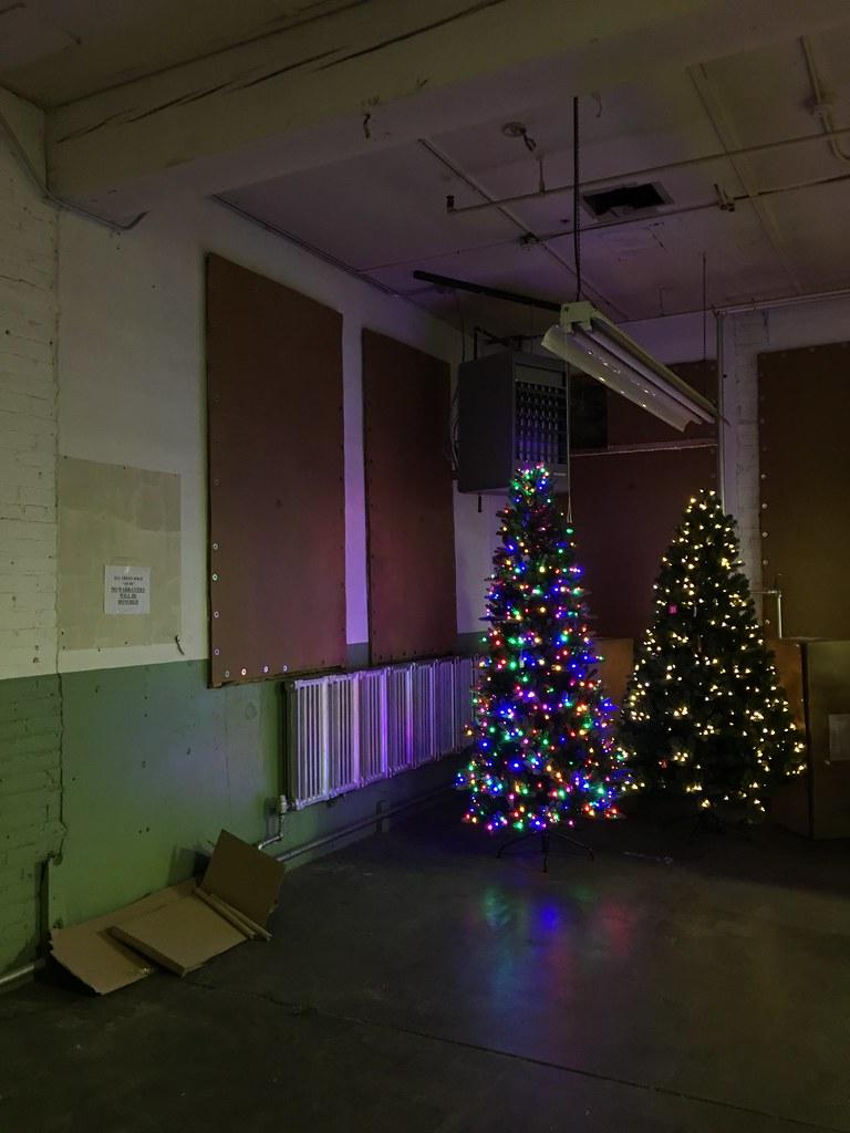 michaelsteeber santas best sale manitowoc wi by michaelsteeber - Santas Best Christmas Trees