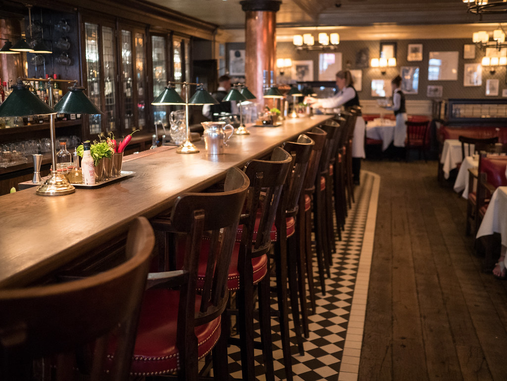 dean-street-townhouse-london-velocitygirl-brompton-barbour-2