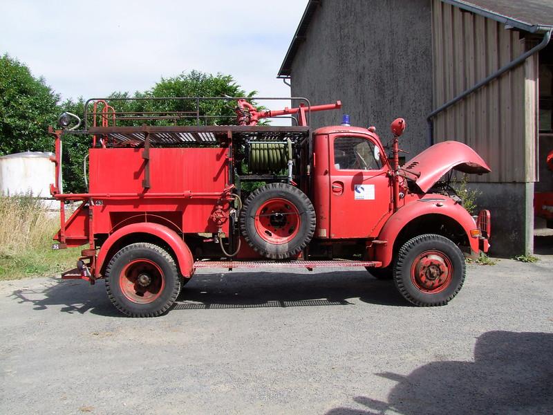 Rassemblement de camions anciens en Normandie - Page 2 35953125715_5ed6ff73b5_c