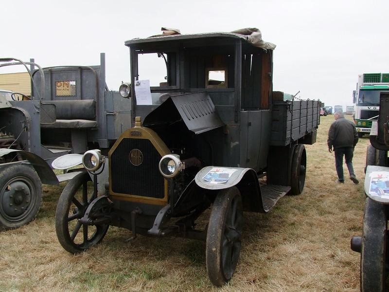 Rassemblement de camions anciens en Normandie - Page 2 35832081741_c0e51d27a7_c