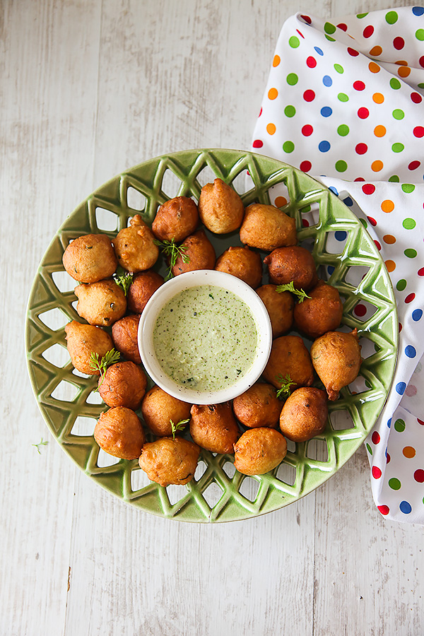 Goli Baje| Mangalore Bhajji | Mysore Bonda with Coconut Chutney