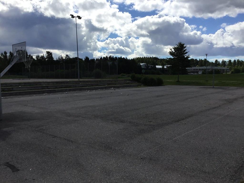 Kuva toimipisteestä: Juvanpuiston koulu / Koripallokenttä
