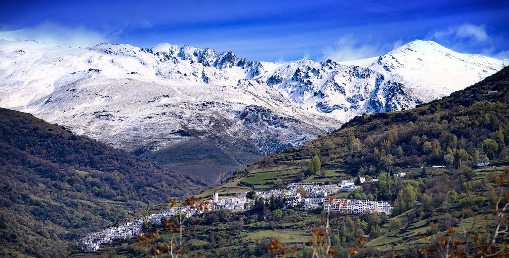 Capileira and Sierra Nevada One of the white villages, Cap… Flickr