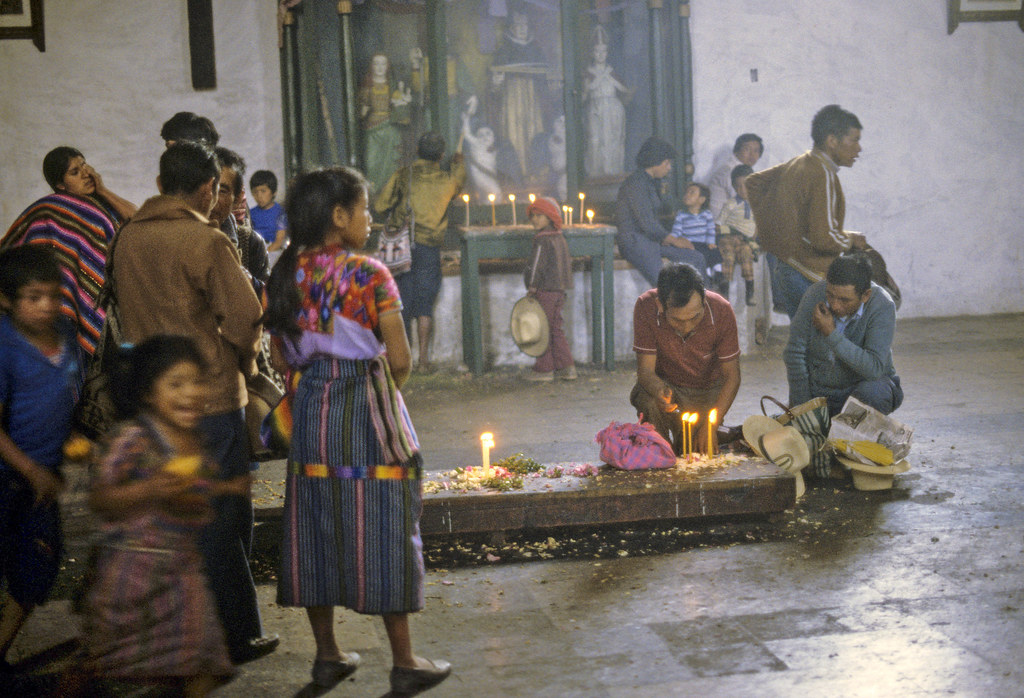 Santo Tomás in Chichicastenango, Guatemala | by Marcelo  Montecino
