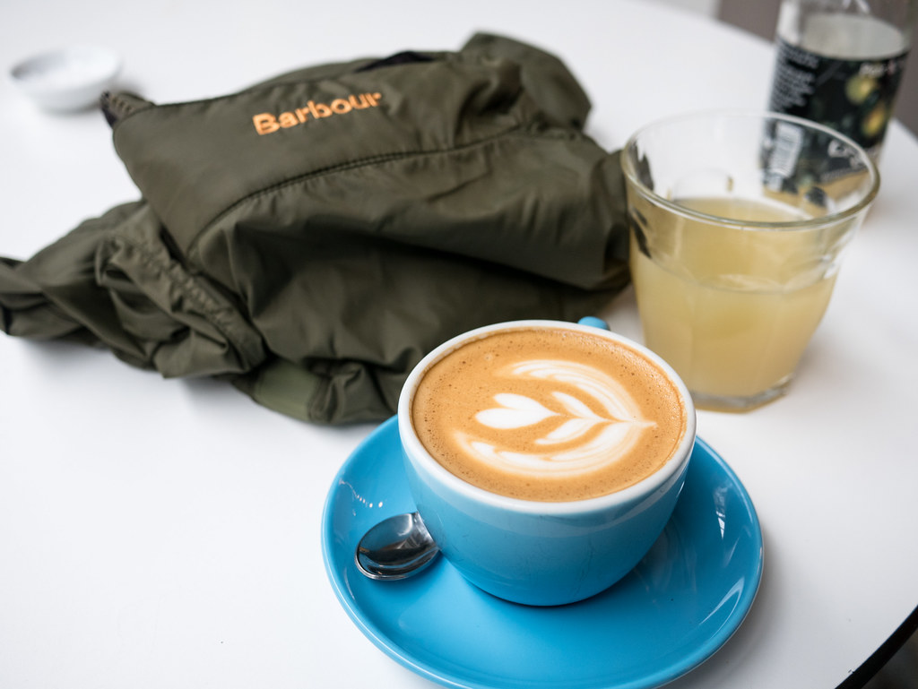 barbour-brompton-bike-velocitygirl-cycling-collaboration-prufrock-coffee-2