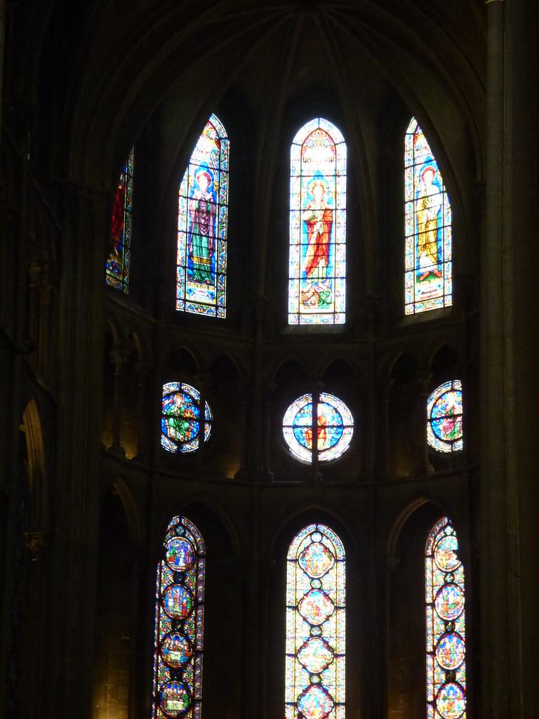 Church Window Decorations For Weddings