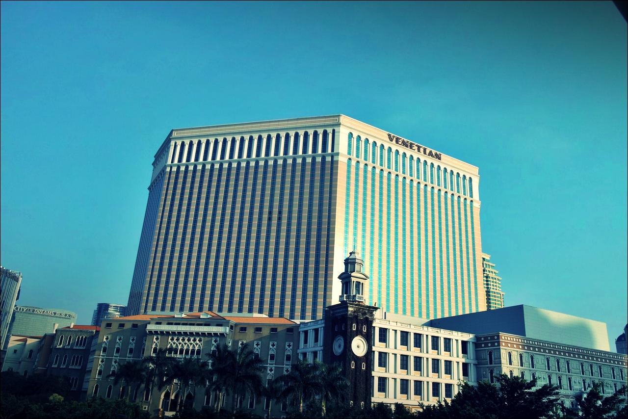 낮에 본 리조트-'베네치안 마카오 리조트(The Venetian Macao Resort Hotel, Cotai, Macau)'