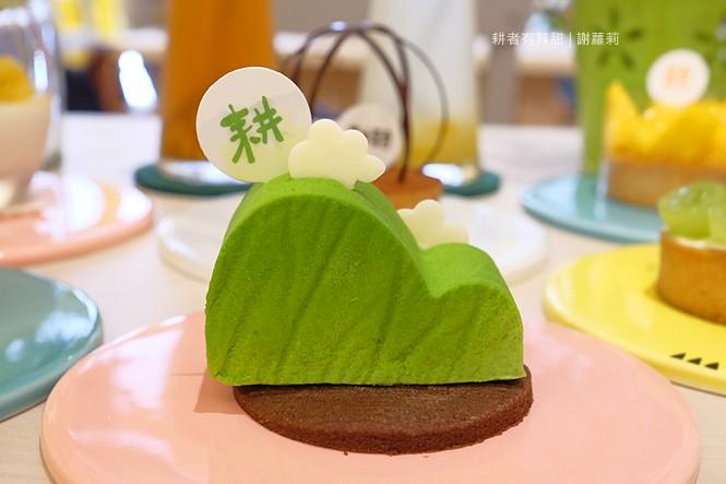36128896086 7055e9e996 b - 《台中♥食記》耕者有其甜。低調隱身傳統市場內的清新甜點店,又是網美IG打卡新熱點,連甜點都有著超可愛的療癒外型呢!