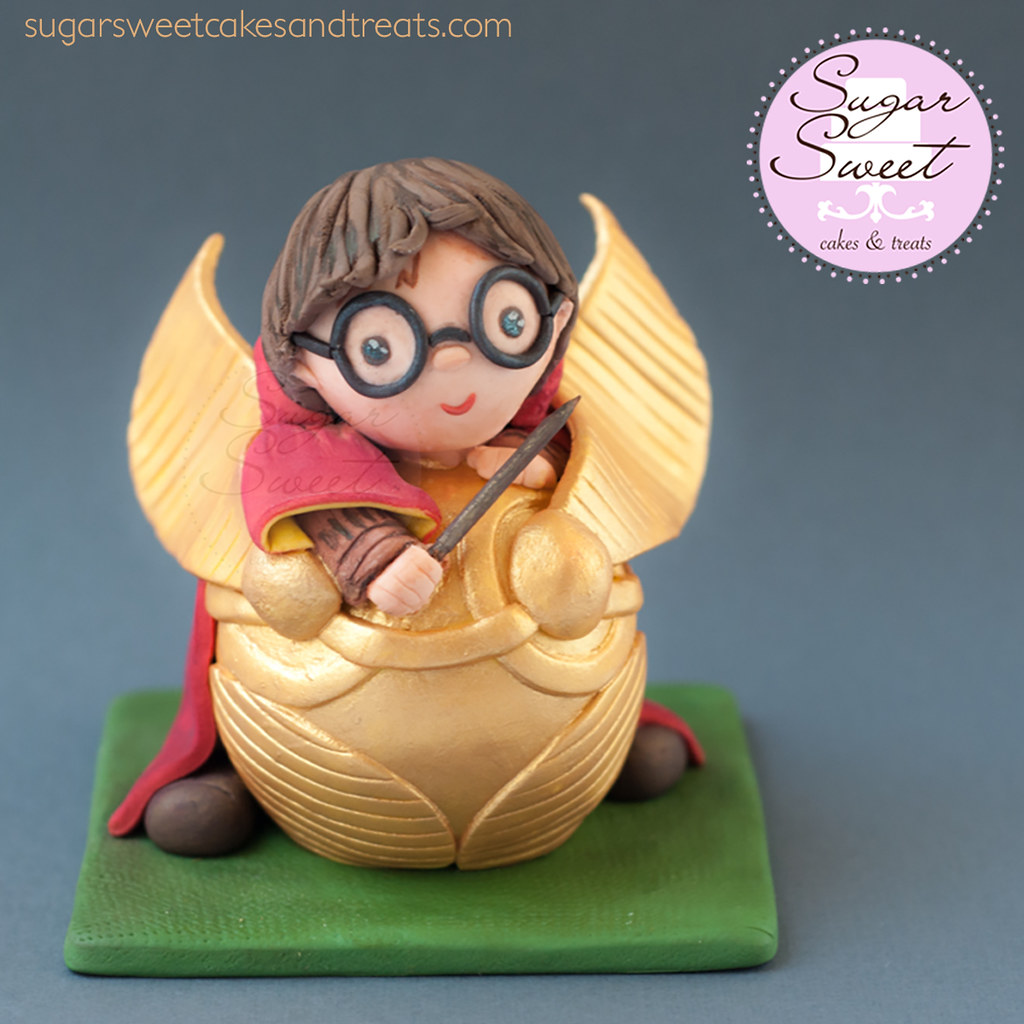 ... Harry Potter Golden Snitch Baby Shower Cake Topper | By SugarSweetCakes  (Angela)