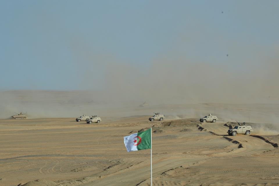 Armée Algérienne (ANP) - Tome XIV - Page 20 35879623161_4f500fd30b_o