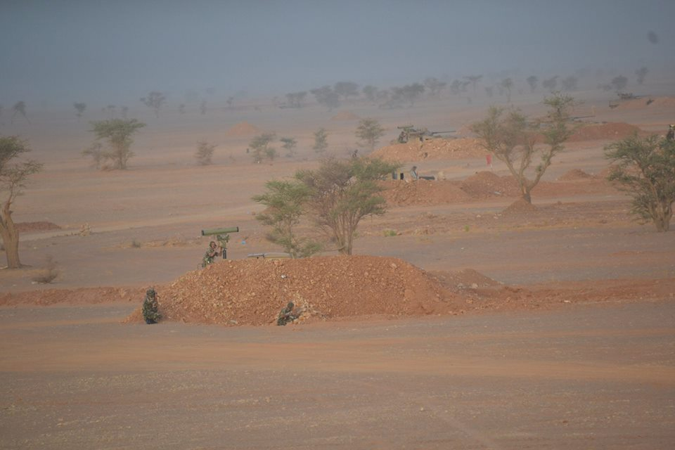 القوات البرية الجزائرية [  Missiles Anti-Chars ]   - صفحة 2 36011983082_ff3d05db2b_o