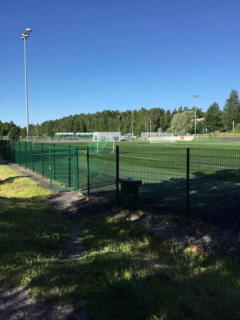 Kuva toimipisteestä: Espoonlahden urheilupuisto / Tekonurmikenttä 1