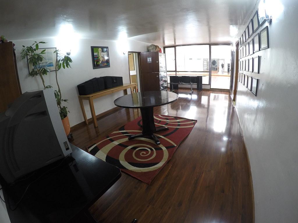 Espacio para alquilar - Sala 1er piso - Area: 8x4 mts