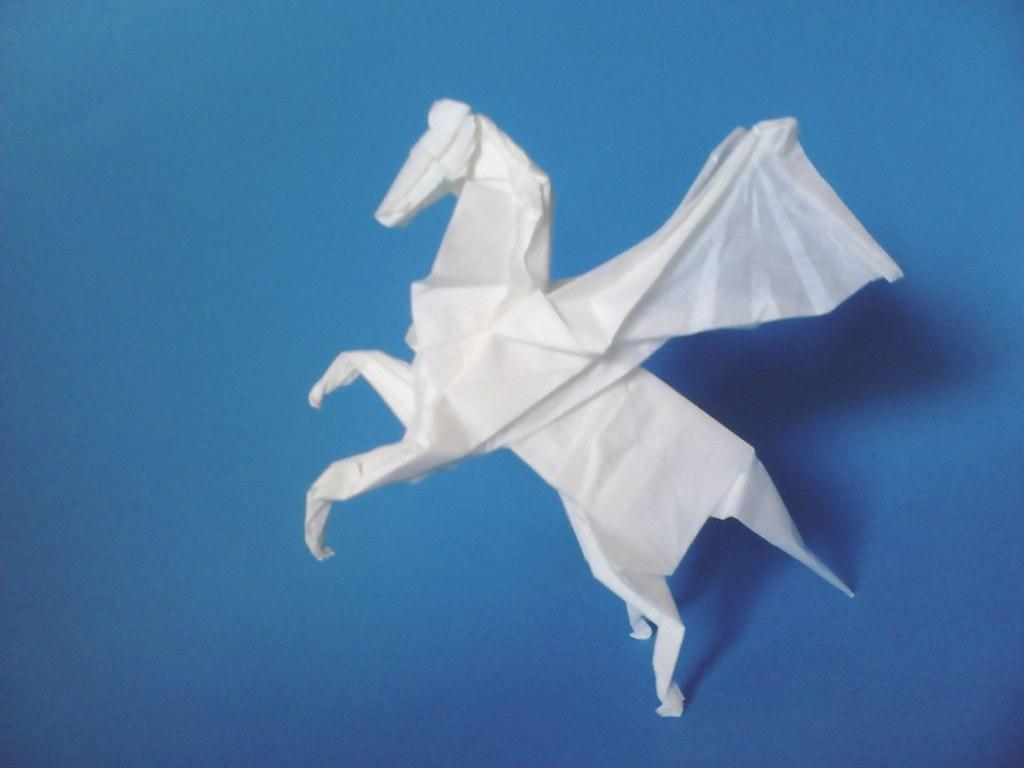 Origami Pegasus Pegazus Designed By Tervezte Fumiaki Flickr