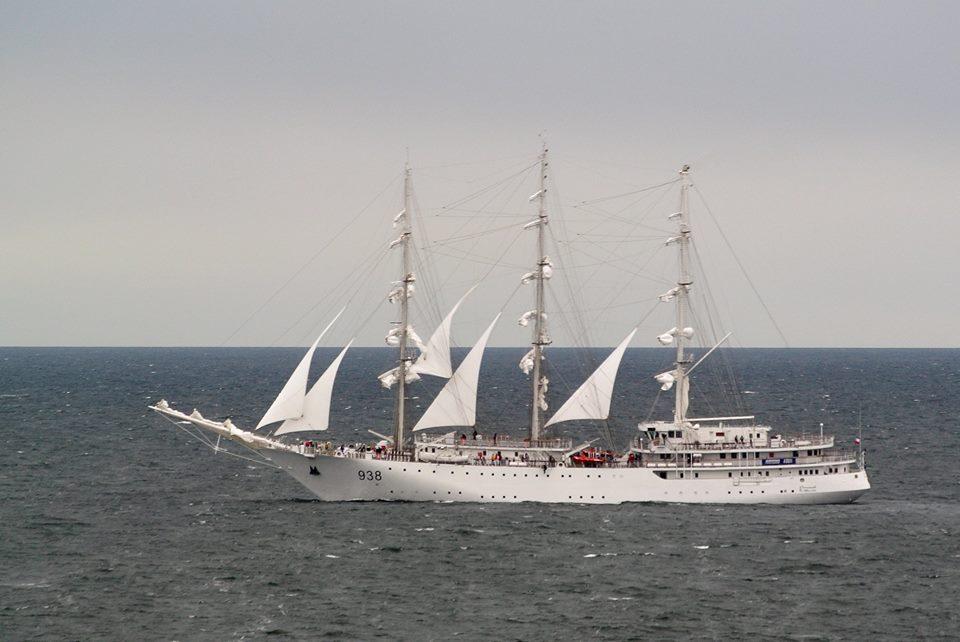 صور السفينة الشراعية الجزائرية  [ الملاح 938 ] - صفحة 8 35265803374_5c85099bae_o