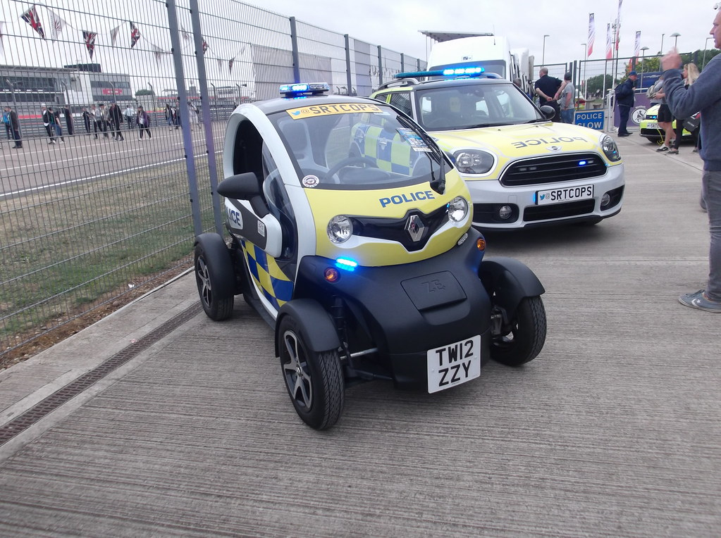 northamptonshire police renault twizy tw12 zzy 2015 rena flickr. Black Bedroom Furniture Sets. Home Design Ideas