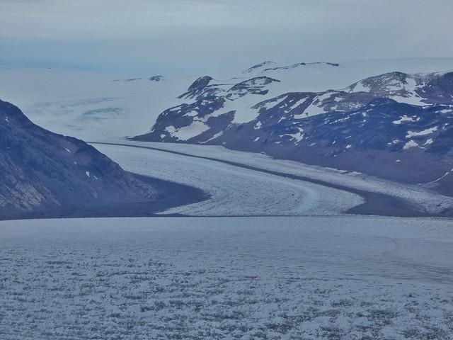 Gran Glaciar Qorqup a vista de helicóptero (Groenlandia)
