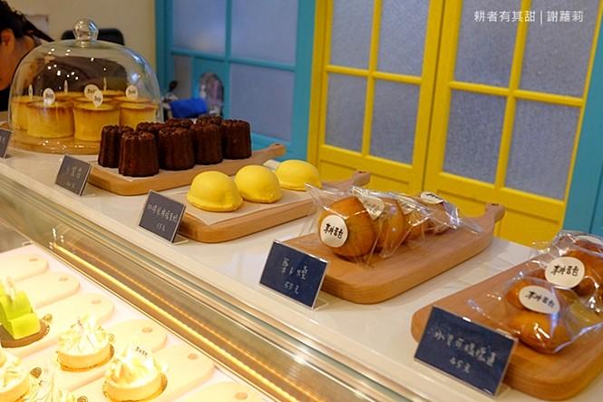 36002259552 fd2bdc2b6f b - 《台中♥食記》耕者有其甜。低調隱身傳統市場內的清新甜點店,又是網美IG打卡新熱點,連甜點都有著超可愛的療癒外型呢!