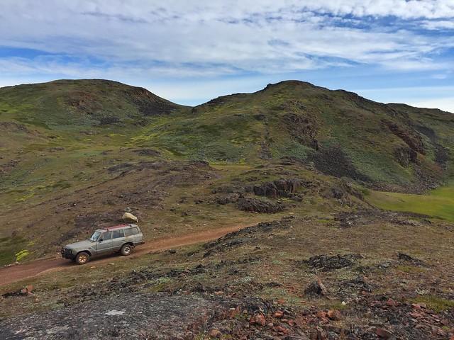 Con el 4x4 haciendo la ruta entre Qassiarsuk y Tasiusaq (Groenlandia)